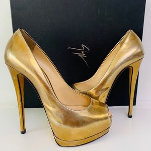 Giuseppe Zanotti Bronze Platform heels